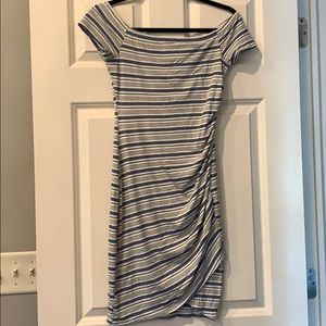 Like New Soprano Bodycon tee dress small ruched